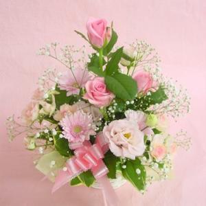 かすみ草入りピンク系アレンジ  お花屋さんにおまかせ フラワーギフト|hana-mizuki