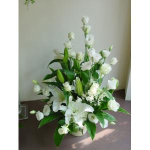 「スタンダード」  花屋におまかせ 季節のお供えアレンジメント|hana-mizuki