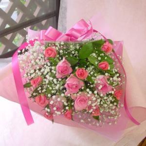 ピンクバラとかすみ草の花束 フラワーギフト ロングタイプ 長めの花束|hana-mizuki