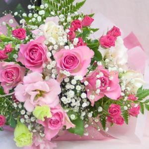 かすみ草入りピンク系 長めの花束 お花屋さんにおまかせ フラワーギフト|hana-mizuki