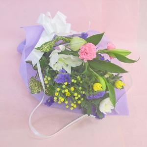 3本の菊とユリの供花 お供え用のお花 仏花 花束 ユリ入り お仏壇のお供え供花|hana-mizuki