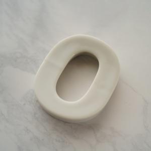 バースデイ ナンバー カトラリーレスト 0 ホワイト 陶磁器 キャッシュレス 還元 hana2