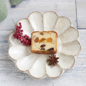 カネコ小兵 リンカ 花型取り皿 15.5cm 白練/茶練 キャッシュレス 還元|hana2
