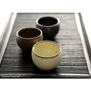 カネコ小兵 土物風マット 玉煎茶 120cc 粉引/アメ/鉄黒 キャッシュレス 還元|hana2