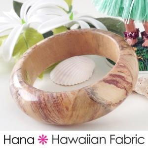 ハワイアン雑貨 アクセサリー バナナバングル ウッド 腕飾り 腕輪 ファッション雑貨 ハワイアン 海 ビーチ マリン マリンテイスト ビーチリゾート|hanahawaii