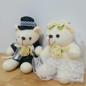 ウェディングベアお花と一緒に贈れるクマ♪ふわふわ人気のギフト|hanaippo