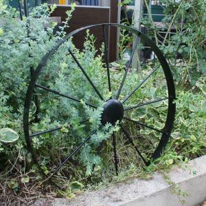 アイアンオーナメント 車輪/ガーデンアイテム/ガーデン雑貨/オーナメント/飾り