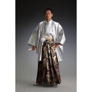 ●ポリエステル100% 日本の伝統的な正装,羽織袴(はおり&きもの、はかま)。 仲間で揃いの...