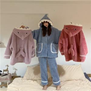 3色レディースふわもこ パジャマ ルームウェア  暖かい  サメ柄 フード付き もこもこ防寒  ふわ...