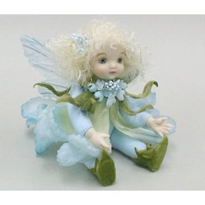 若月まり子 お花の妖精人形リトルエルフィン:キャンディタフト(ブルー)ビスクドール 妖精 フラワーフェアリー 陶器 お人形 ギフト お祝い 記念品|happy-goods