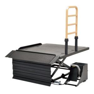 モルテンの車椅子昇降機リーチショートタイプです。 さまざまな玄関での段差を解消する据え置き型コンパク...