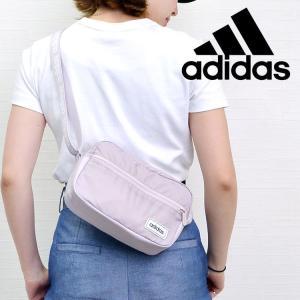 adidasから定番のリニアロゴを使用した、ロゴテープショルダーバッグが新登場! トレンド感のあるお...