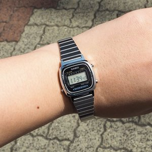 CASIO カシオ 腕時計 スタンダード LA670WA-1JF メンズ レディース デジタル ベー...