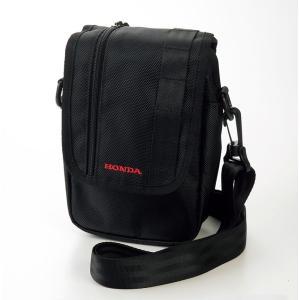 パンツのベルトに通せば、ベルトポーチとしても使用可能な便利なショルダーバッグ。  ●幅広いシチュエー...