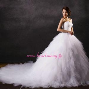 ウェディングドレス 超豪華 ふわふわソフトチュール ロングトレーン A290|heartsunny