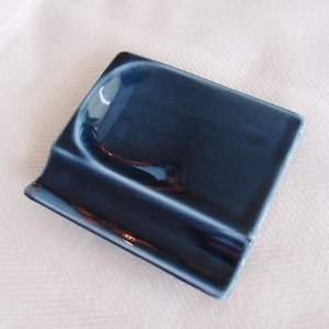 和食器 お箸置き 日本製 ちょこっとスプーンお箸置きレスト 紺  アペタイザー皿としてお醤油皿として...