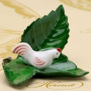 ヘレンド カードスタンド 飾り物 葉の上の雌鶏 ハンドメイド 置物 ギフト包装無料 ハンガリー Herend|herend-met