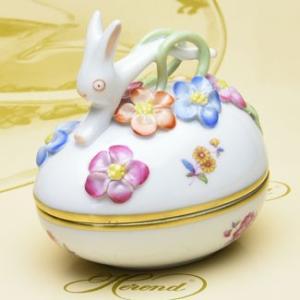 ボンボン入れ(兎と花の飾り) 卵形 ヘレンドブーケコルネリア 飾り物 ハンドメイド 置物 ギフト包装無料|herend-met