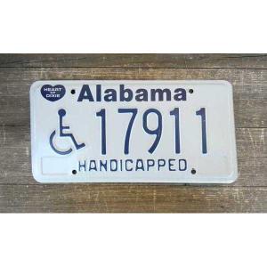 サイズ(約):高さ15.5×横30.5cm   アメリカ合衆国の南部にあるアラバマ州の車に付いていた...