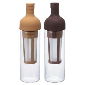 内部のストレーナーにコーヒー粉を入れ、本体に水を注ぐだけ。冷蔵庫で8時間ゆっくりと抽出させれば美味し...