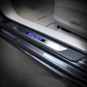 ニッサン シルフィ SYLPHY カスタム パーツ アクセサリー 日産 NISSAN SYLPHY TB17 用品 電装 LEDアウトステップイルミ NY121