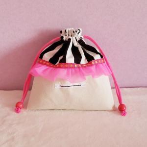 DM便送料無料 ネオンピンクとモノクロのちょっとキッチュなミニ巾着(受注製作)|hi-inari