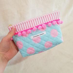 DM便送料無料「haussement innocent」揺れるボンボンのファスナーポーチ pink 受注製作|hi-inari