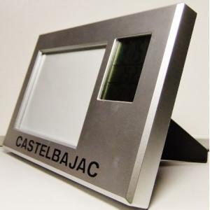 写真立て型時計 デジタル時計 21x13x1.5cm 単四2本 掘出し雑貨Fi12|himalj