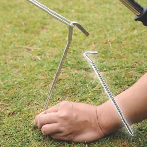 ステンレス製の強靭ペグ。鍛造タイプと比べて強くて軽量!そして錆びにくい!  ■サイズ:約φ7×300...