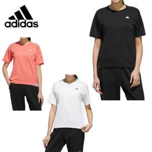 メッシュ調に見える組織の杢調のポリエステル素材の半袖Tシャツ。裾に「ADIDAS」をジャガードで表現...