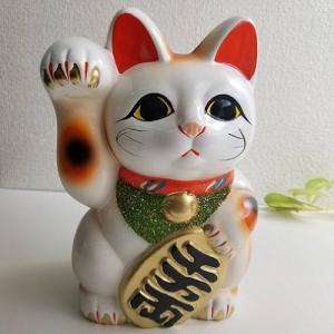 ★内容:白小判猫6号右手 貯金箱  ★サイズ:13.5×12.5×19cm ★陶器、日本製/常滑焼 ...