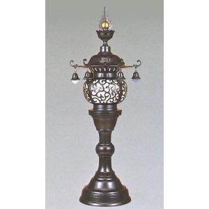高岡銅器の神仏具/丸型 台燈籠 一対 35号  材質/銅製(青銅色)  寸法/高さ 105cm  高...