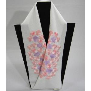 刺繍半衿 ちりめんししゅう半襟 うらら香  ピンク花柄 振袖・訪問着用|hinoyajp2000