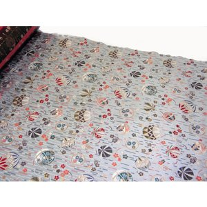 金襴織物反物をお好きなだけ切り売りします。 肉厚の豪華な錦織の織物です。  ◆4,000円以上お買い...
