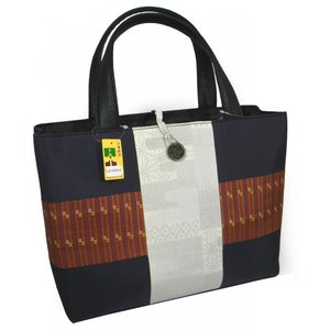 手提げトートバッグ 和風紬 大きなバッグ 正絹 大島紬 白大島|hinoyajp2000