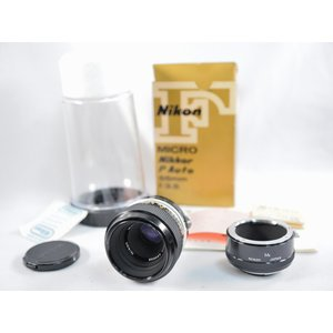 1970年に日本光学工業(現ニコン)社より発売されたレンズです。  Fマウント対応ですが、いわゆる非...