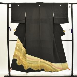リサイクル着物 黒留袖 中古 仕立て上がり 正絹 五つ紋 hh2653|hitotoki