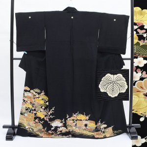リサイクル着物 黒留袖 中古 仕立て上がり ii0225a40|hitotoki