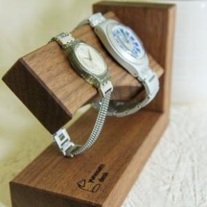 湯の里デスク 時間よとまれ ウォルナット インテリア 腕時計 スタンド|hkd-tsutayabooks