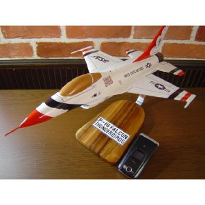 1/34  F−16 サンダーバーズ(ジェネラル・ダイナミクス) 模型飛行機 戦闘機 ソリッドモデル hobby-shop-ks