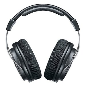 SHURE SRH1540 プレミアム・スタジオ・ヘッドホンは、オーディオ機器分野における90年以上...