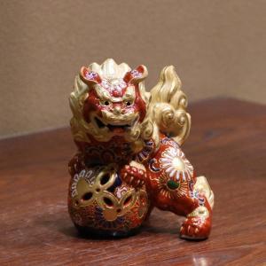 九谷焼 4.5号立獅子 盛A  素材:磁器 サイズ:幅10.5cm×奥行8cm×高さ13.5cm 箱...