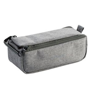 """バッグの仕切りを細かくサポート。収納スペースを用途に合わせて自由に区切れるガジェットポーチ""""off ..."""