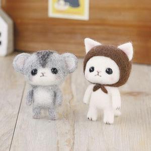 可愛い白猫とハムスターが作れる羊毛マスコットキット。