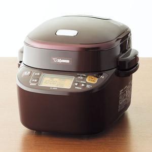 自動調理で、もっと便利に。圧力で、もっとおいしく。  おまかせ! 材料と調味料を入れて、ボタンを押す...