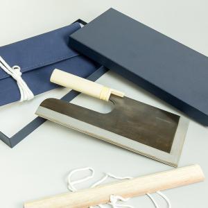 そば切り包丁 麺切り包丁 安来白紙鋼 鍛造 黒打 蕎麦包丁 300mm 30cm|honmamon