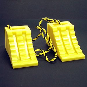 【1月22日(月)よりポイント最大10倍♪】タイヤ歯止めダブル(2個セットの1.2Mロープ付)黄色 hop4132