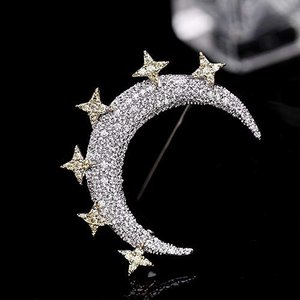 素材:キュービックジルコニア、プラチナメッキ、銅。タイプ:ブローチピン。形状:星と月。スタイル: ク...