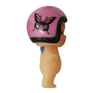 DAMMTRAX(ダムトラックス) キューピー× ヘルメット着用 キューピーちゃん キーホルダー ニューチアバタフライ ピンク|horidashi