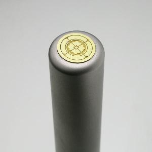 家紋入りチタン印鑑(個人認印・銀行印・12mm)ゴールドエンブレム・松コース|horigin-store